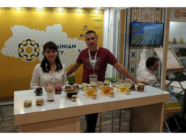 Український мед отримав срібло на виставці Apimondia 2019 у Канаді Рис.2