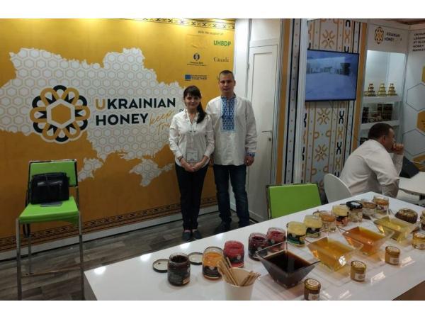 Український мед отримав срібло на виставці Apimondia 2019 у Канаді Рис.5