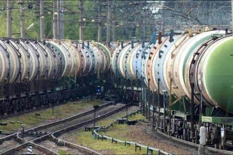 Україна відновила поставки дизельного палива з Росії по залізниці Рис.1