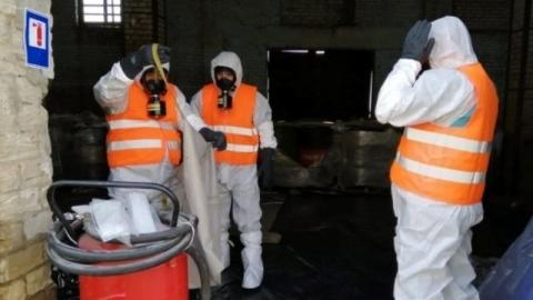 З Херсонщини непридатні пестициди почали вивозити на утилізацію до Франції Рис.1
