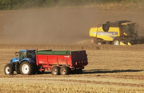 Завдяки держпідтримці аграрії придбали на 30% більше української техніки Рис.1