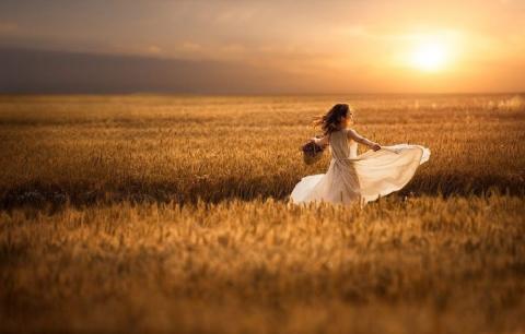 Українські жінки мають більше земельних угідь, ніж чоловіки Рис.1